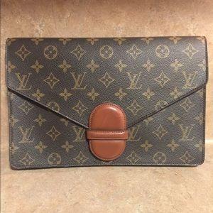 c3ebc9a4a92c Louis Vuitton Bags - Auth Louis Vuitton Mono Pochette Ranelagh Clutch